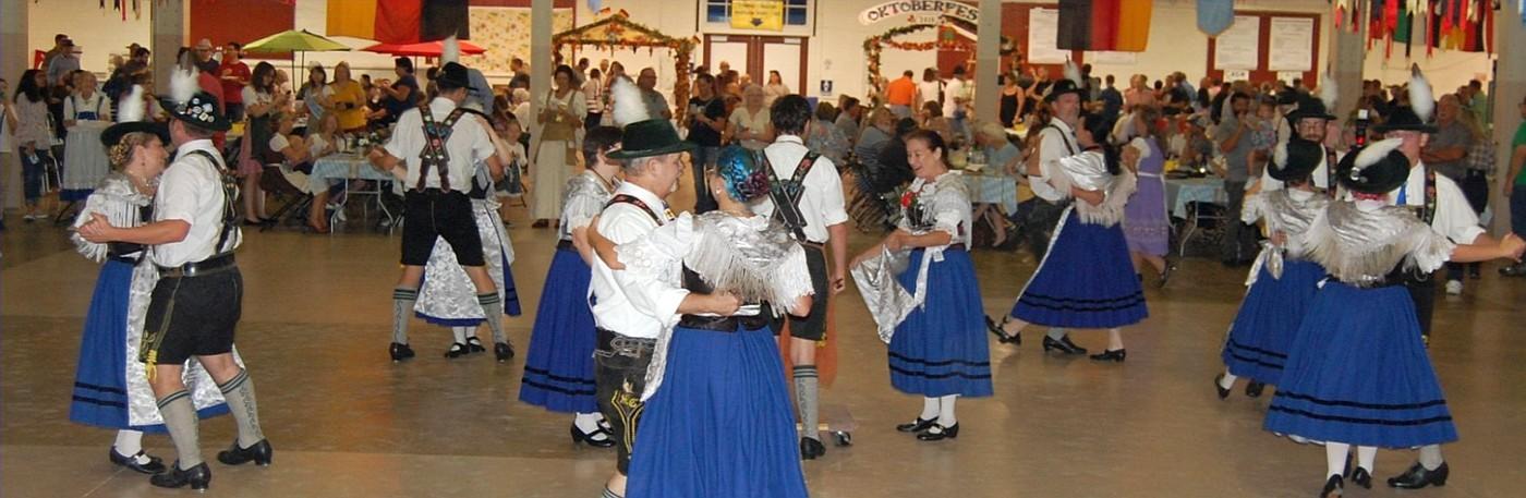 Traditional Folk Dancers